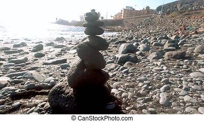 eau, fait, tour, 4k, cailloux, vidéo, océan, plage, chariot...
