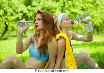 eau, girl, sports, boire, deux