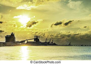 eau, industriel, coucher soleil