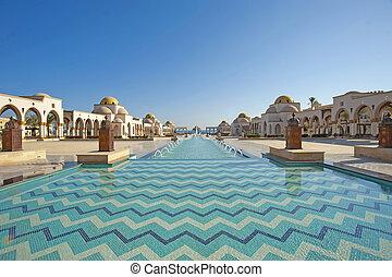 eau, piazza, caractéristique