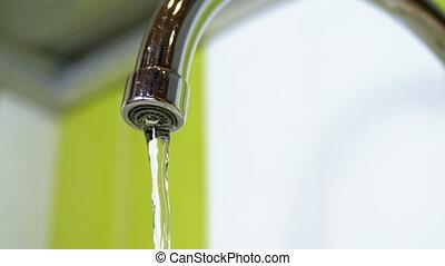 eau, robinet courant, sombrer