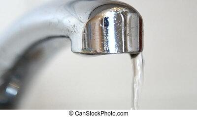 eau robinet, sombrer, vieux, tomber, gouttes