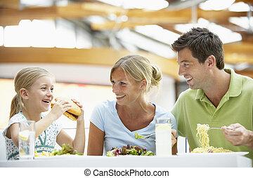 ebédel, fedett sétány, együtt, család, birtoklás