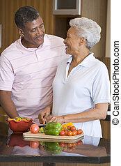 echtgenoot, maaltijd, het bereiden, samen, vrouw