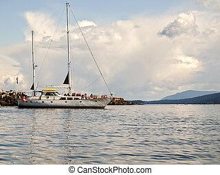 Ecotourism Sailing Tour