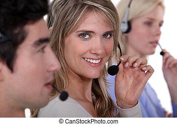 ecouteurs, employés, trois, tenue