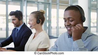 ecouteurs, jeune, business, utilisation, gens bureau,...