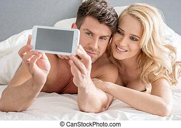 edad media, dulce, amantes, tomar las fotos, cama