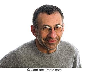 edad media, hombre sonriente
