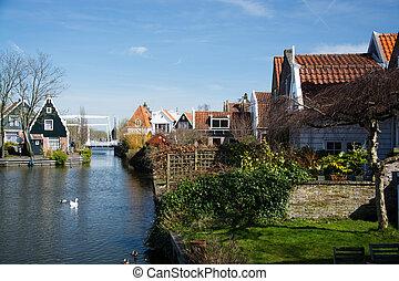 Edam, Nordholland, Niederlande - Edam is a small village in...