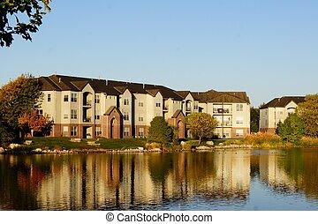 edifício apartamento, complexo, ligado, lago