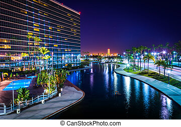 edificio, arco irirs, moderno, parque, l, laguna, noche, ...