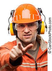 edificio, casco, señalar, trabajador manual, aislado, construcción, seguridad, dedo, hardhat, blanco, ingeniero, o, hombre