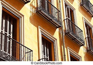 edificio, viejo, mediterráneo, apartamento, madrid., spain...