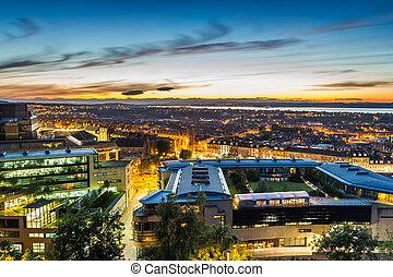 edimbourg, sur, été, coucher soleil, ville