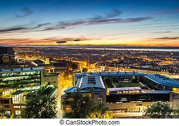 edimbourg, sur, coucher soleil, ville