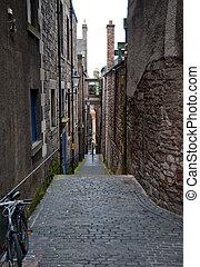 Edinburgh alley - Alleyway between buildings in Edinburgh...
