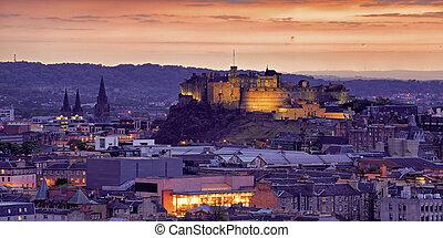 Edinburgh Castle - Panorama of Edinburgh Cityscape and...
