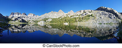 Panorama of Ediza Lake and the Minaret Range and Mount Banner and Ritter in the Ansel Adams Wilderness