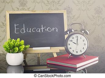 educación, en, pizarra, con, llamarada, efecto
