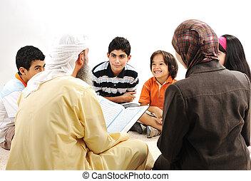 education, activité, dans, ramadan, musulman, couple, et, enfants, lecture, coran