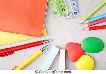 educazione, oggetti