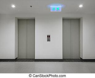 Eelevators with closed door