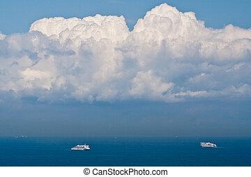 een, paar, van, veerboot, schepen, in, de, zee