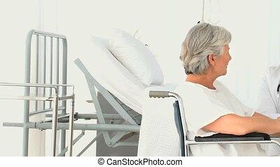 een, patiënt, klesten, met, haar, arts