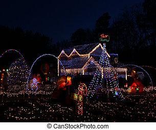 een, thuis, verfraaide, en, verlicht, met, 650, lichten, en,...