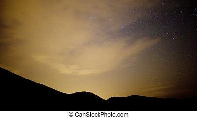 een, timelapse, van, de, mooi, pedra, forca, berg landschap, catalunya, spanje