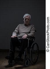 eenzaam, invalide, hogere mens