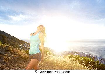 egészséges, nő, élvez, outdoors