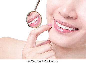 egészséges woman, fog, és, egy, fogász, száj tükör