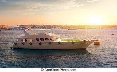egipto, barco de recreo