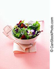 egyén, felszolgálás, közül, friss fűszernövény, saláta