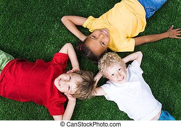 egy csoport gyerek