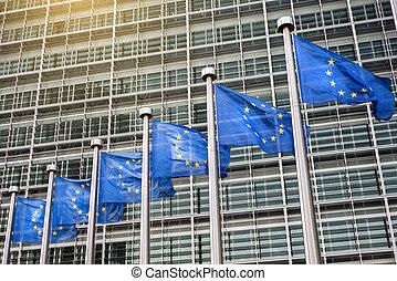 egyesítés, elülső, berlaymont, zászlók, európai