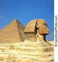 egypt Cheops pyramid and sphinx