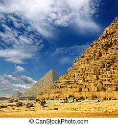 egypt pyramids in Giza Cairo - famous ancient egypt pyramids...