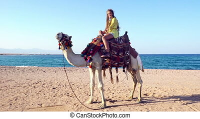 Egypt tourism with camel riding back for kids - Egypt ...