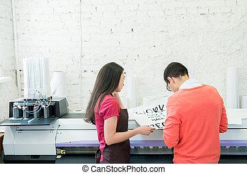 egzaminując, druk, chorągiew, biuro, specjaliści