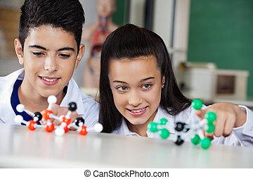 egzaminując, molekularny, budowy, dzieci w wieku szkolnym