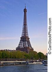 eiffel タワー, 上に, ∥, 銀行, の, ∥, 川の 地引網, ∥において∥, sunset., 都市, 夜, 景色。