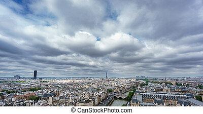 eiffel, e, montparnasse, torres, sobre, paris, dia nublado