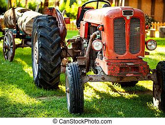 ein, altes , roter traktor, auf, a, bauernhof, field.