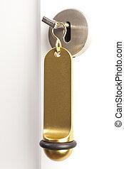 Hotelschluessel - Ein Hotelschluessel steckt im...