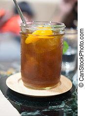 eingefrorener tee, mit, orange, scheiben