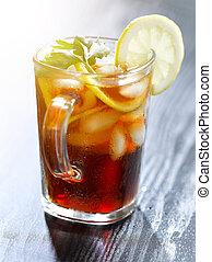 eingefrorener tee, mit, zitrone- scheibe, und, blatt, garnish.