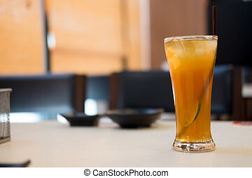 eingefrorener tee, mit, zitrone